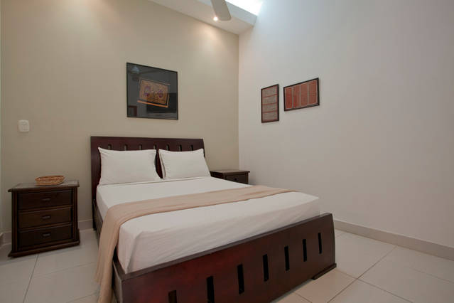Cartagena Moneda Apartments - bedroom in 2 bed